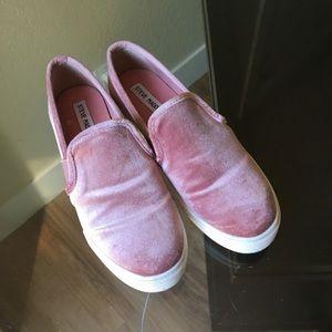 Steve Madden Pink Velvet Slip Ons